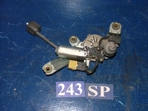 Motor stergator luneta
