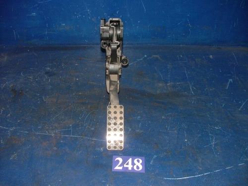 Pedala acceleratie cu senzor A1693000904