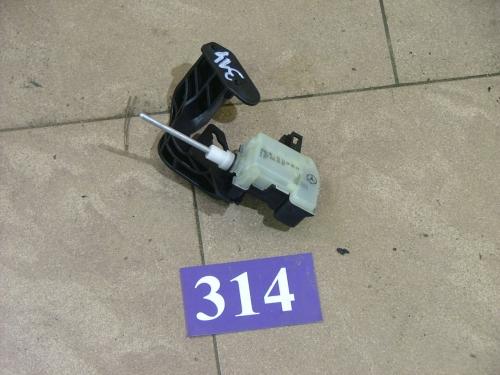 Motoras usa rezervor A2038201997