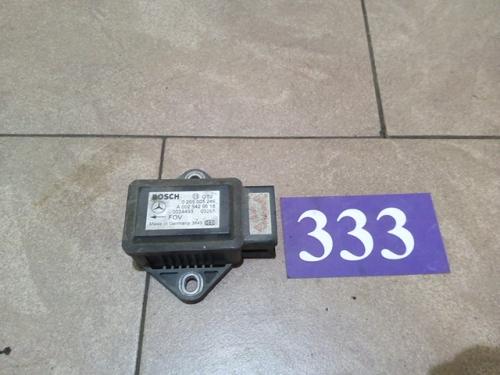 Senzor pentru aceleratia transversala ESP A0025426618/0265005246