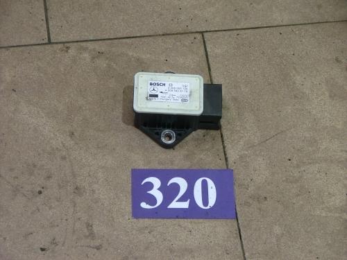 Senzor pentru aceleratia transversala ESP A0045429181/0265005726