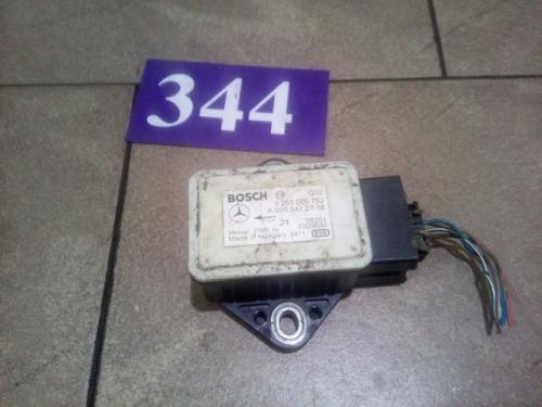 Senzor pentru aceleratia transversala ESP A0055422718,0265005752